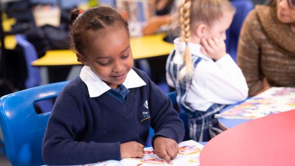 Primary Students Reading